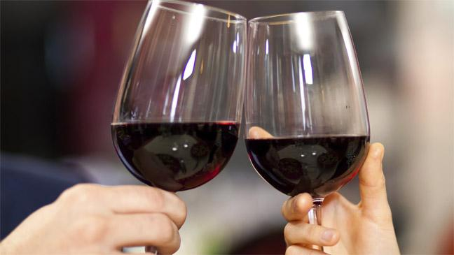 red-wine-136395739659603901-150127150252